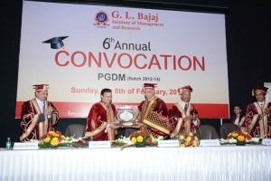 glbajaj_convocation6