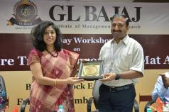 workshop-on-online-share-trading-through-demat-account-glbimr-10