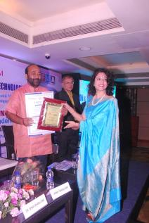best-institute-in-asia-with-strong-corporate-connect-by-assocham-2