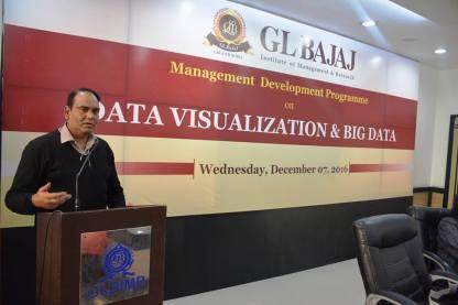 management-devemdp-on-data-visualization-big-data-3