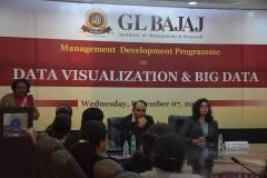 management-devemdp-on-data-visualization-big-data-60