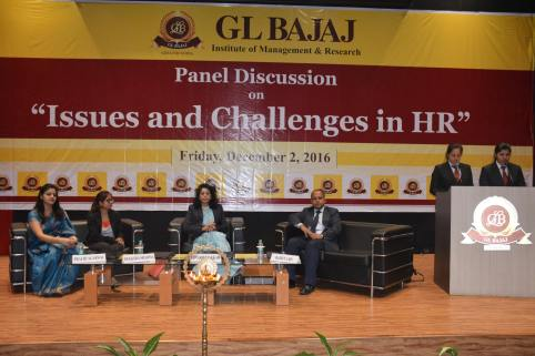 panel-discussion-on-issues-and-challenges-in-hr-1