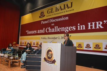 panel-discussion-on-issues-and-challenges-in-hr-29