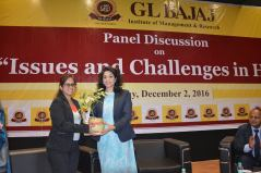 panel-discussion-on-issues-and-challenges-in-hr-5