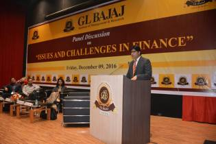 panel-discussion-on-issues-scope-challenges-in-finance-17