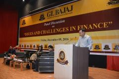 panel-discussion-on-issues-scope-challenges-in-finance-7
