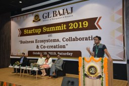 StartupSummit-190ct19-glbimr30